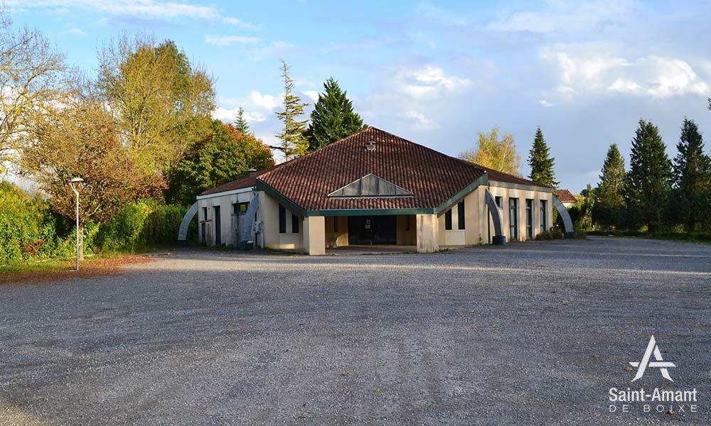 Salle-socio-culturelle-entree