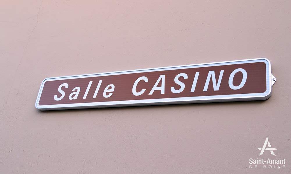salle-casino-panneau